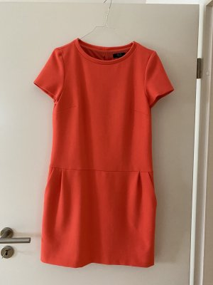 123 Paris Sukienka etui jasnoczerwony