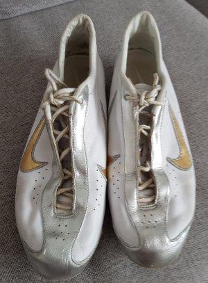 Sportschuh aus Leder, von Nike, Gr. 39
