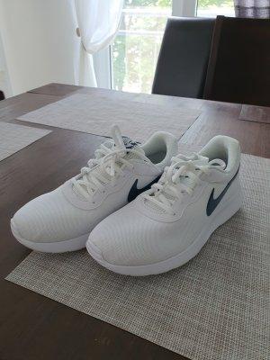 Nike Lace-Up Sneaker white-dark blue