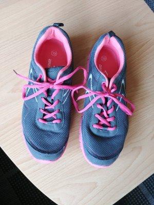 Sportschuhe Gr. 39 grau pink Neu