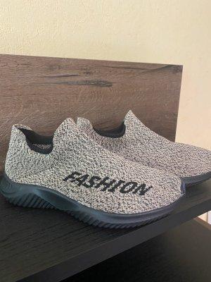 100% Fashion Sneakersy wciągane brąz-czarny