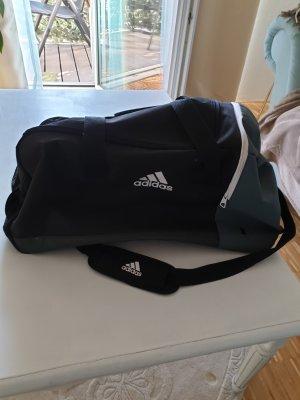 sporttasche vin Adidas