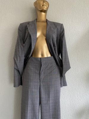 Spring! Karo-Anzug - Business-Style