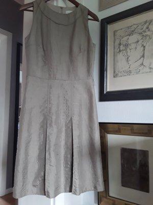 St. emile Vestido a media pierna beige