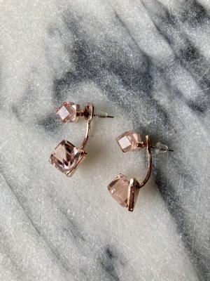 Zdobione kolczyki w kolorze różowego złota-różany