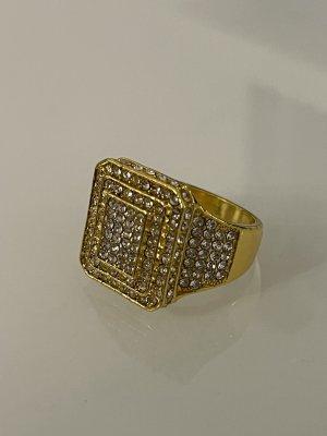 statement ring in gold mit weißen steinchen 18 mm