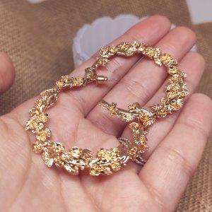 Statement Zara Boho gold Creolen im Blumendesign, rund Ohrringe, geometrisch, neu