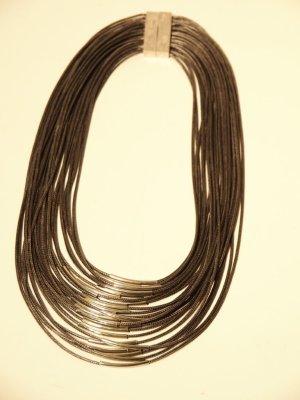 Collier incrusté de pierres argenté-gris fibre textile