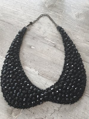 Collier incrusté de pierres noir