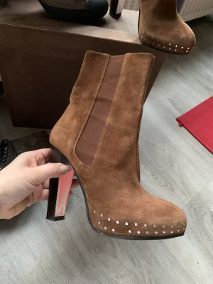 Stefanel Schuhe 37 braun mit niten