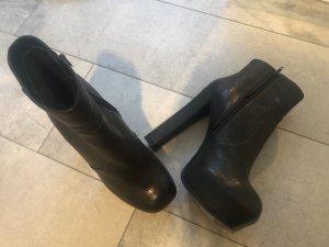 Stephane kélian Platform Booties black leather