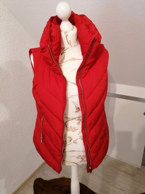 Zara Woman Gilet matelassé rouge