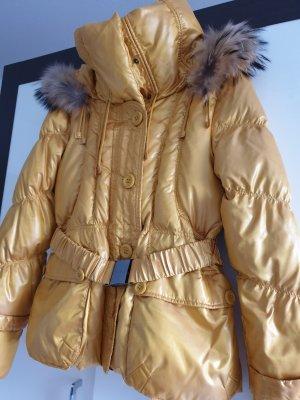 Abrigo acolchado amarillo pálido