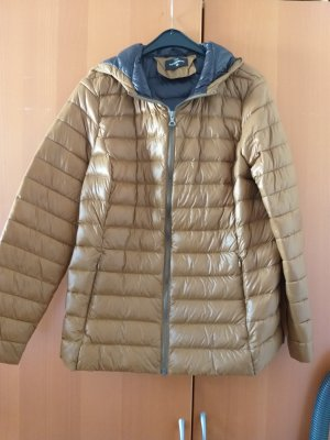 C&A Basics Quilted Jacket bronze-colored