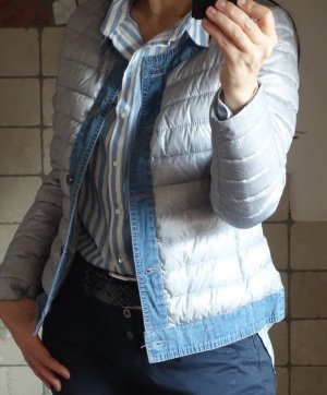 Steppjacke,leichte Jacke für den Übergang, helles grau mit Jeansstoff, blau, hellblau, Jeansjacke, kombiniert, Gr. 36/38, NEU