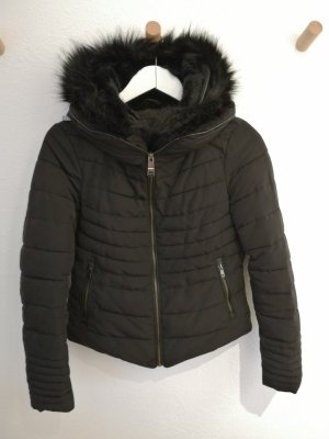 Steppjacke mit Fell - Zara