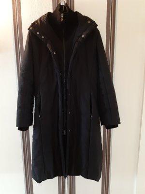Mango Gewatteerde jas zwart