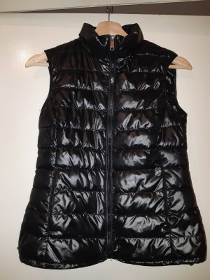 Amisu Quilted Gilet black