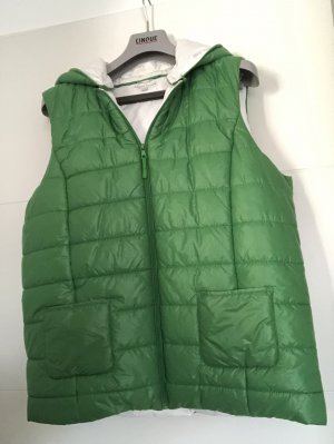 Marie Lund Quilted Gilet green-white