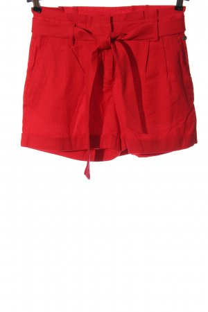 Steps High-Waist-Shorts red casual look