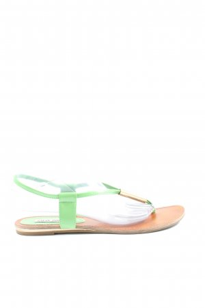 Steve Madden Chanclas verde-color oro look casual