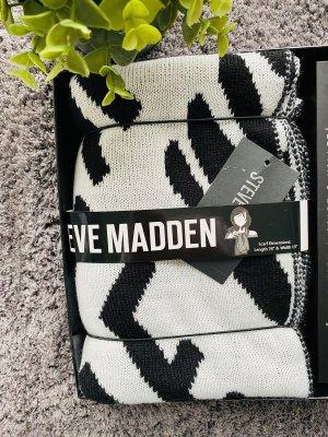 Steve Madden Woolen Scarf white-black