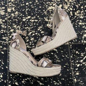Steve Madden Platform Sandals beige