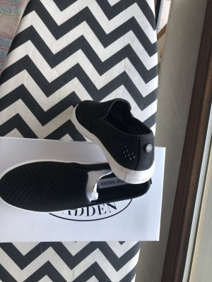 Steve Madden sneakers black