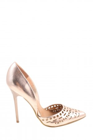 Steve Madden Pointed Toe Pumps cream casual look