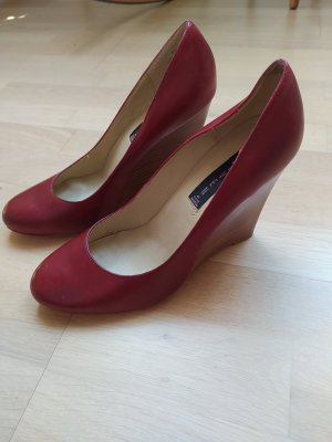 Steve Madden Wedge Pumps red