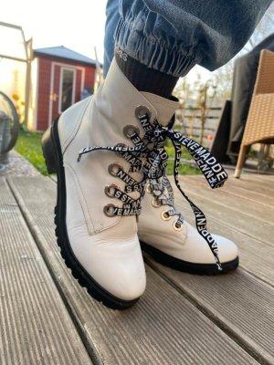 Steve Madden Winter Boots white-black