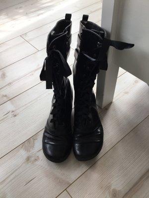 Gotyckie buty czarny
