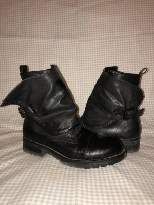 Even & Odd Lace-up Boots black