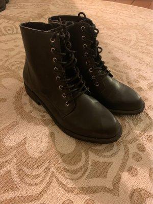 H&M Lace-up Boots black