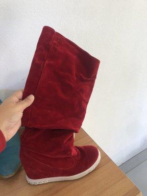 Gotyckie buty czerwony neonowy