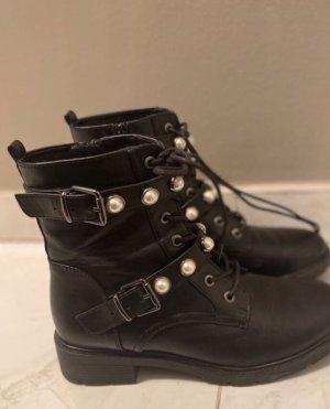 Deichmann Lace-up Boots black