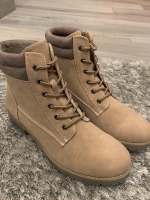 Aanrijg laarzen beige