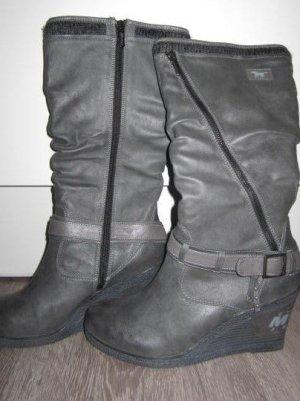 Mustang Shoes Platform Boots grey