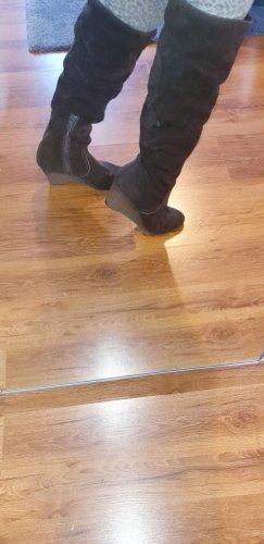 Stiefel aus