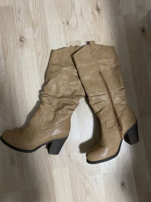 Wide Calf Boots beige