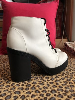 H&M Lace-up Booties white-black