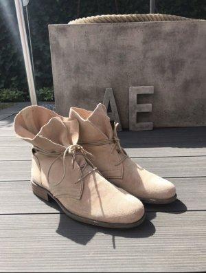 Stiefel Boots beige