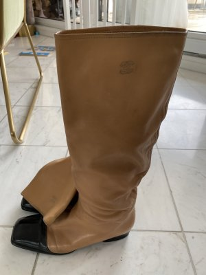 Chanel Jackboots cognac-coloured-black