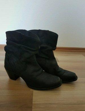 Botas estilo vaquero negro