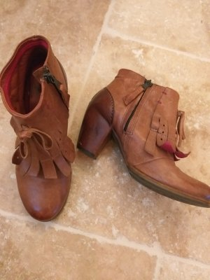 Air Step Bottines à fermeture éclair cognac