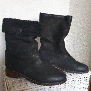 Buffalo Futrzane buty czarny Skóra