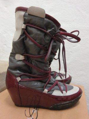 Stiefel grau-rot-creme After-Ski extravagant