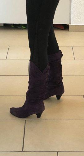 Korte laarzen donkerpaars