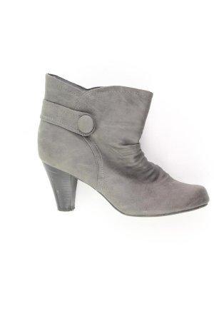 Stiefel Größe 40 braun