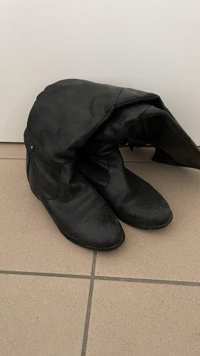 Stiefel kniehoch mit schnallen